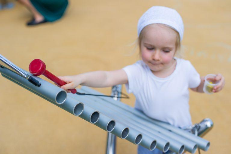 В LeapKids дети одновременно играют и обучаются