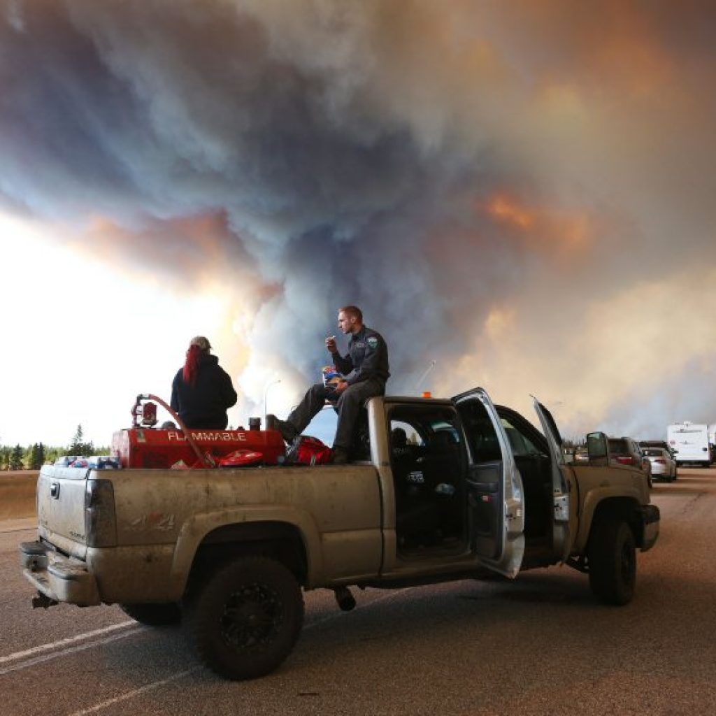 CANADA-FORESTFIRES-FIRE-FORESTS-OIL-EVACUATION
