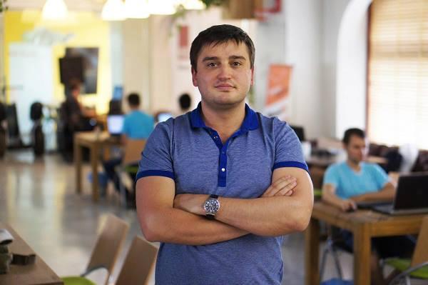 Алекс Борняков
