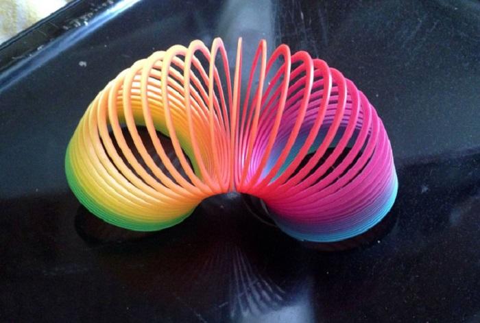 Разноцветная пружина