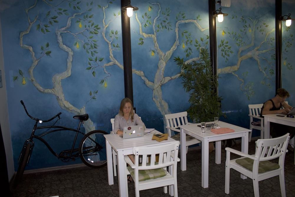 Комната «Сад» в «Часописе», нижние этажи
