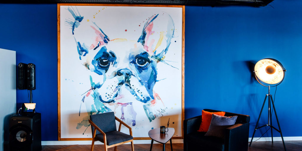 Граффити и картины в Creative Quarter