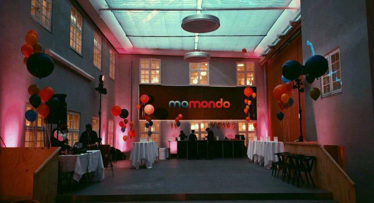 Офис Momondo