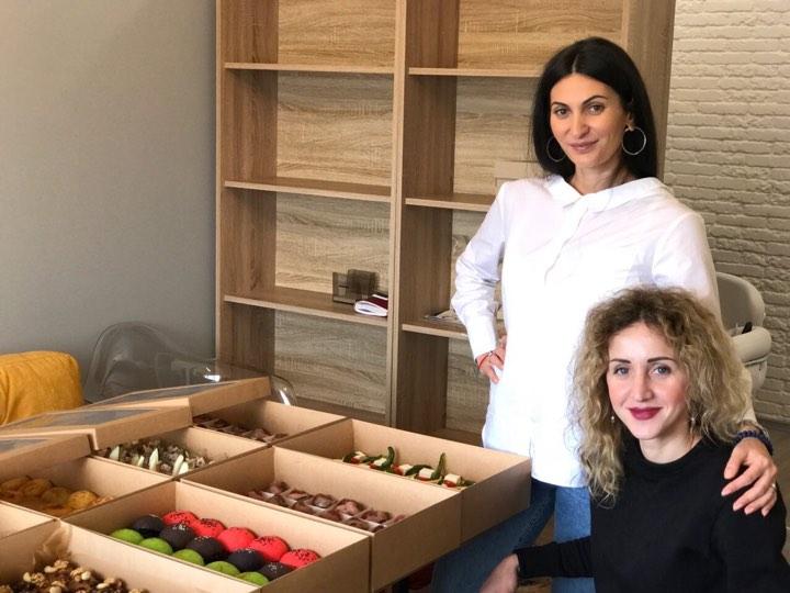 Юлия и Олана, создательницы Box Catering