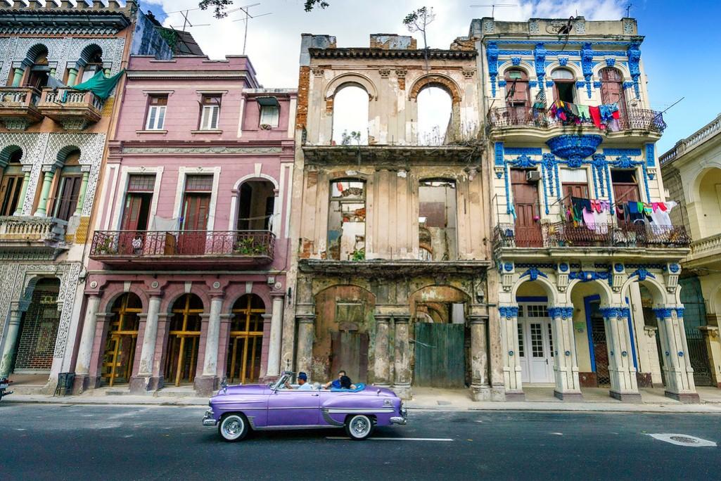 Секс-туризм для женщин и жизнь без интернета: директор «Часопыса» Алена Калибаба о поездке на Кубу
