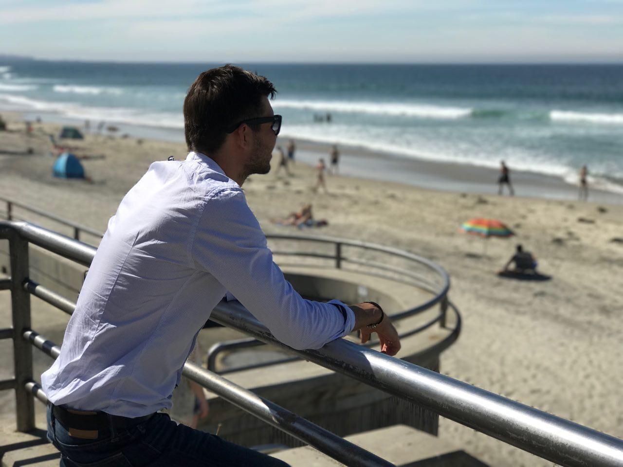 «Я живу в Ирландии, а мои сотрудники – от США до Бали». 6 советов, как управлять удаленной командой