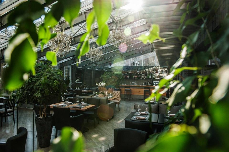 10 киевских ресторанов, куда не стыдно пригласить на деловую встречу