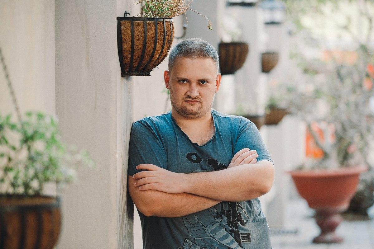 Сорванные дедлайны, потеря клиентов и убытки. Предприниматель Кирилл Брагин вернулся из Вьетнама в Ужгород