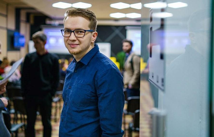 Украинский стартап Ecoisme обещает доставить гаджеты бекерам этим летом. В этом помогут еще 200 тыс. евро инвестиций