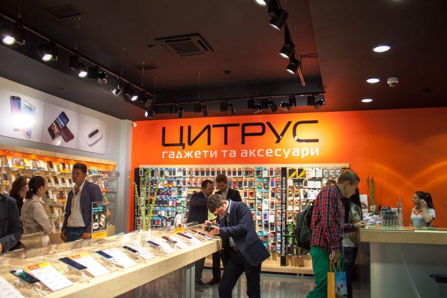Сотрудник сервисного центра «Цитрус» продал iPhone клиента на запчасти. Теперь делом занимается полиция