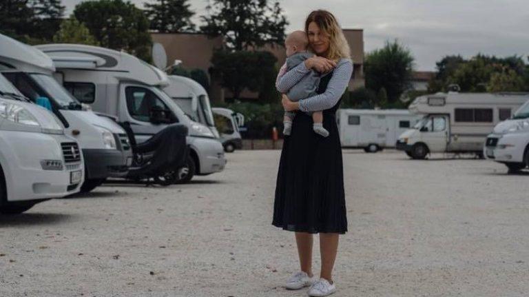 Юлия Савостина с дочкой Лизой