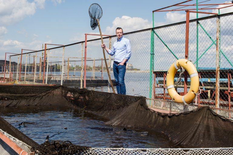 Антон Яременко решил заняться производством черной икры, на этом рынке у него не было конкурентов