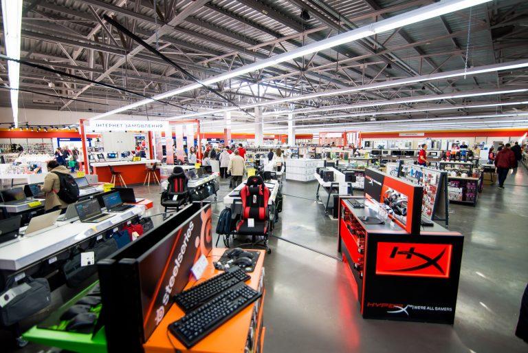 В обновленных супермаркетах «Фокстрот» много внимания уделили именно эргономике пространства