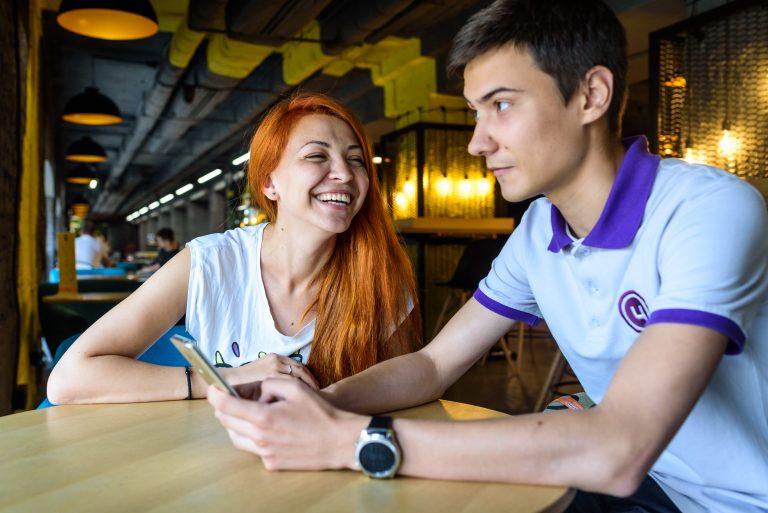 Перед занятием преподаватель «Цитрус Академии» объяснил Валерии Широковой, что не так в ее инстаграм-аккаунте