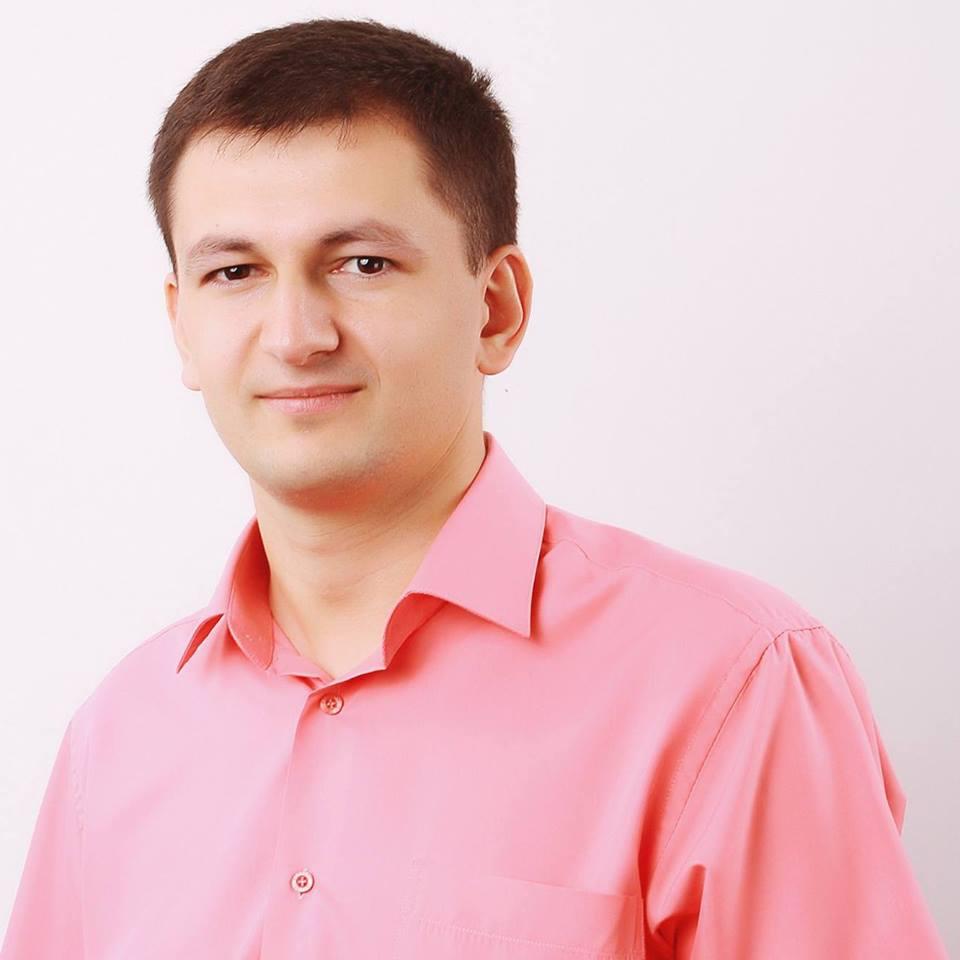 Виталий Владов, OkayCMS