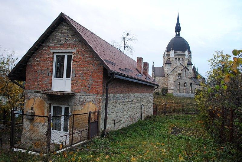 Ореховый дом