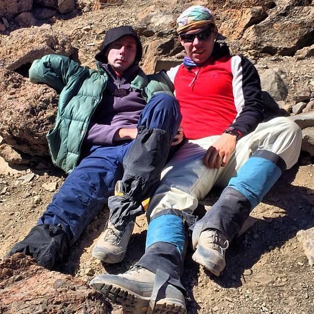 С широко известным в узких кругах Женей Столповским после восхождения на Килиманджаро за 64 часа