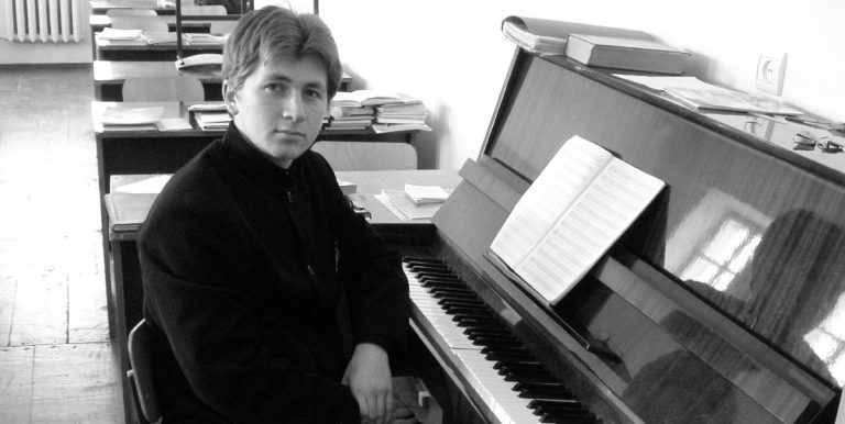 Александр Солонский год жил в монастыре и четыре года – учился в семинарии