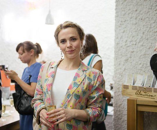 Ирина Метнева, Vandog Agency