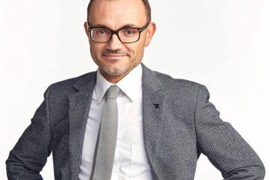 Олег Смотров