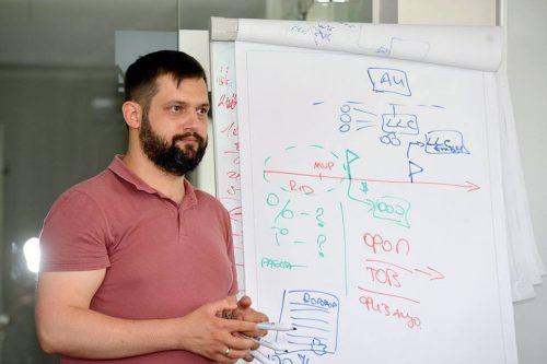 Дмитрий Гадомский