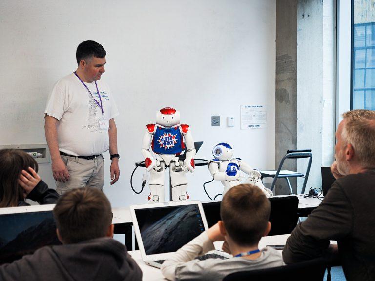 На Devoxx4kids детей в 25 странах учат программировать
