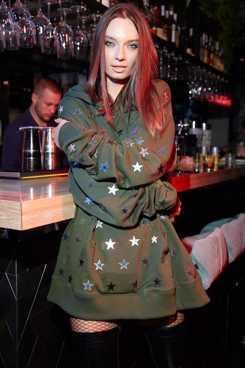 Omelya T-Dress