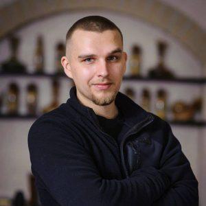 Андрей Сарвира