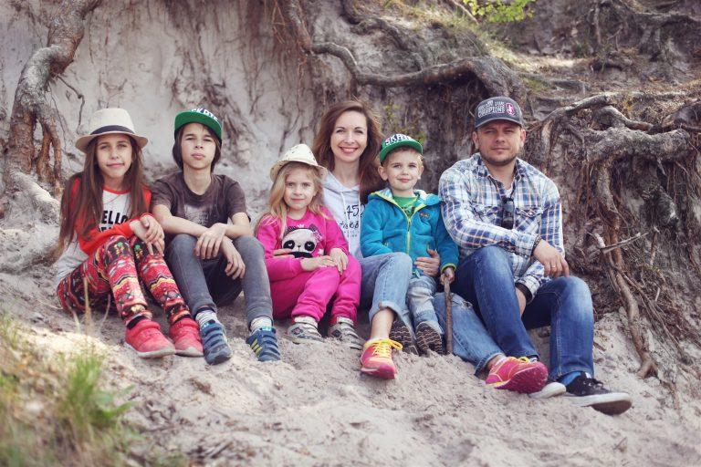 Нестеренко с семьей
