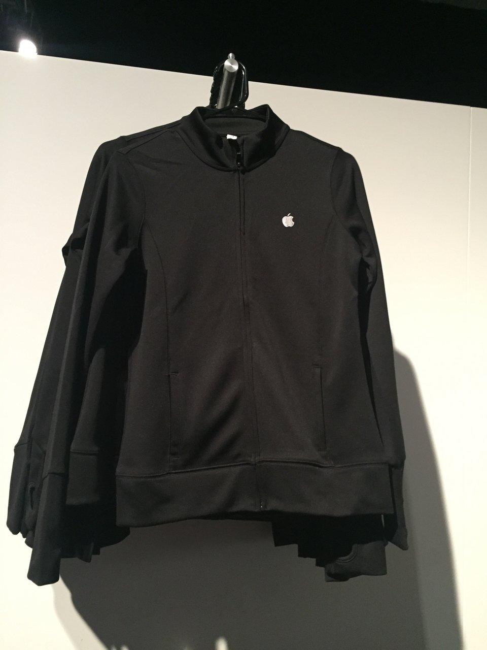 Серия одежды от Apple