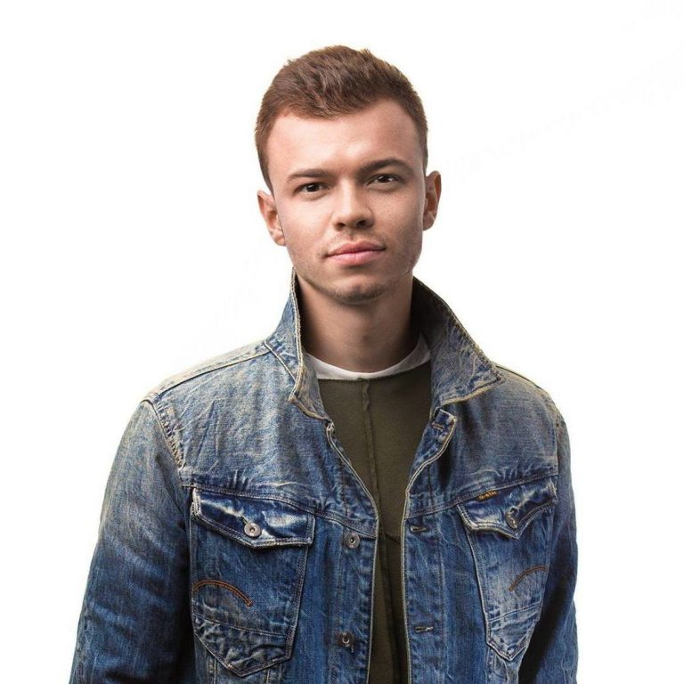 Владимир Оляницкий, 25 лет