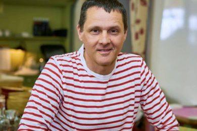 «Официант экстра-класса в Украине зарабатывает тысячу долларов». Юрий Колесник из La Veranda