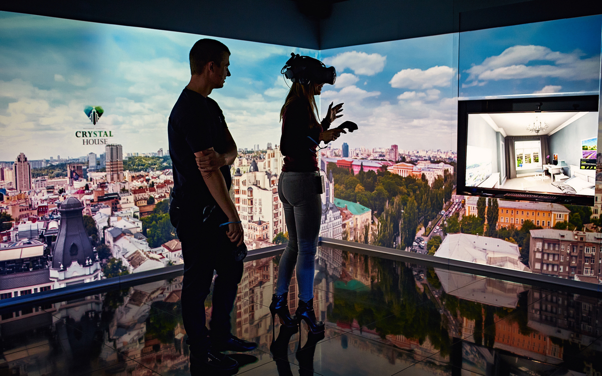 Виртуальные прогулки, «умный дом», креативные видео. Эти 5 приемов помогли «Укрбуду» увеличить продажи на 50%