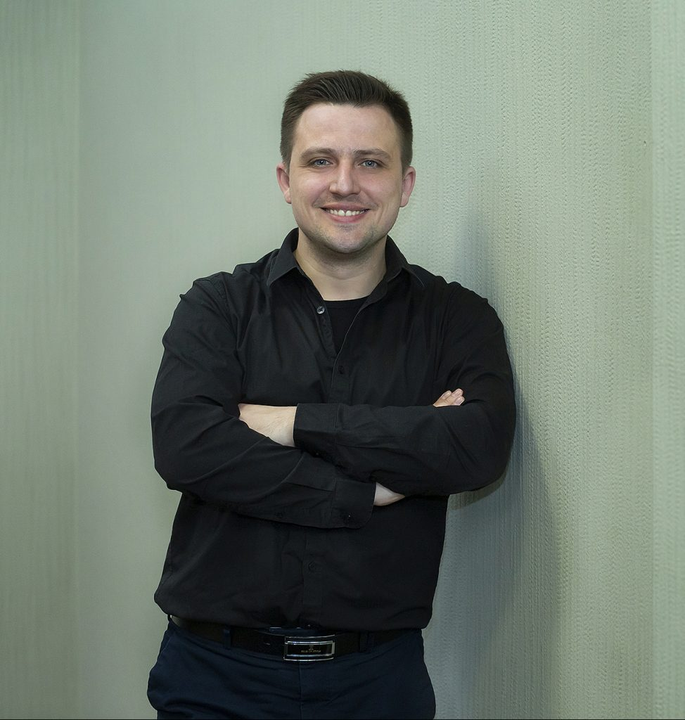 Евгений Бондаренко, HOSTiQ.ua