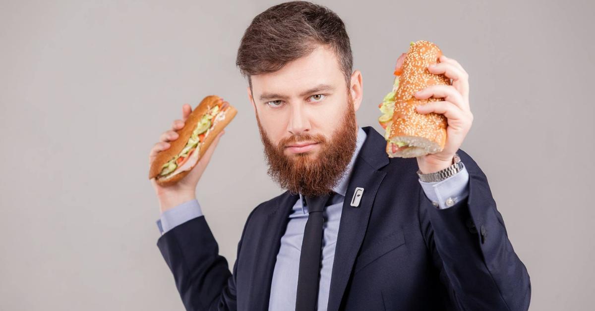 «Сначала мы нарезали колбасу и делали сэндвичи в гараже». Вадим Бортник о развитии сети сэндвич-баров FreshLine