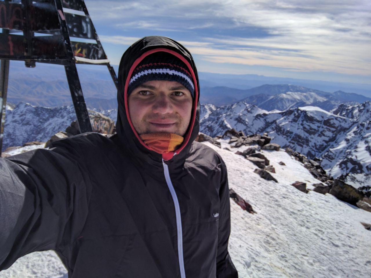 Переход к убежищу у подножия горы Тубкала