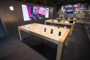 Дизайн помещения разработали официальные подрядчики Apple