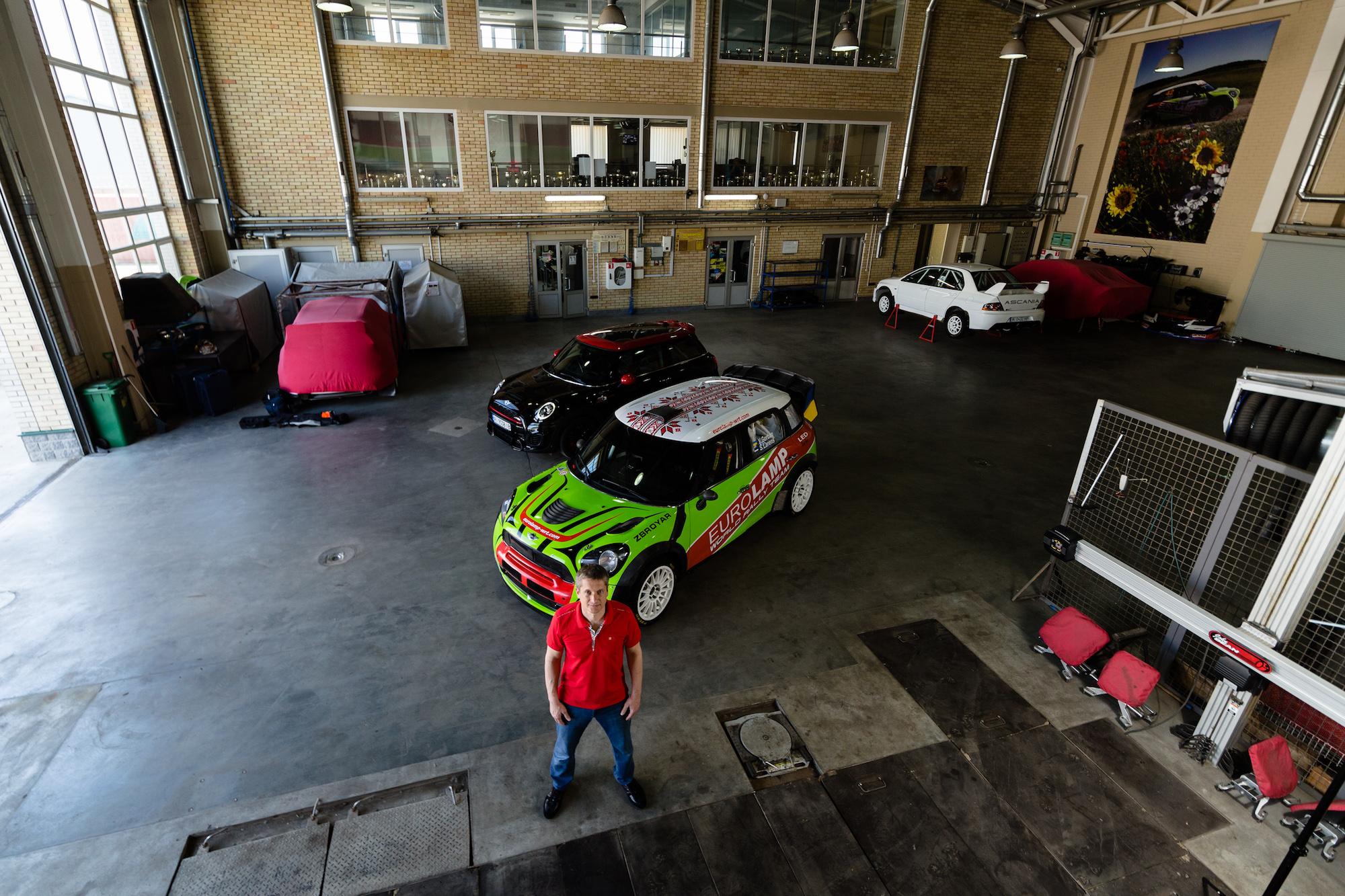 Впервые за руль спортивного авто Валерий Горбань сел в 29 лет