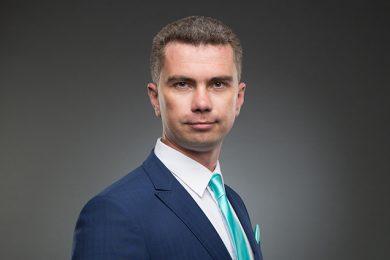 Адвокат Денис Овчаров
