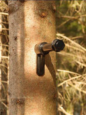 Крепления для установки дома на дереве. Фото с Facebook Houzzera