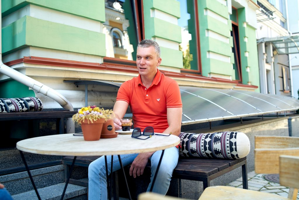 В 2013 году Дмитрий Томчук открыл фонд Fison