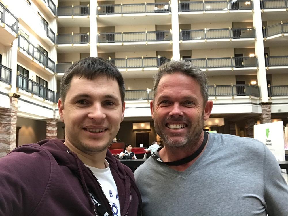 Со Скоттом Холмен – бывшим сейлзом одной украинской IT компании