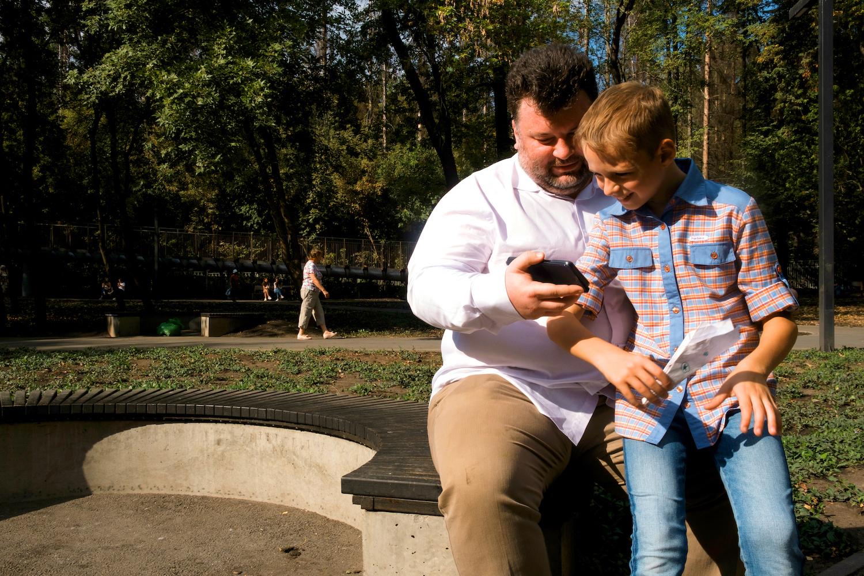 5 тыс. маркетологов и десятки счастливых малышей. Эльдар Нагорный запустил школы для детей и взрослых