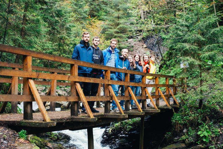 Совместная поездка в горы команды Beetroot и клиента