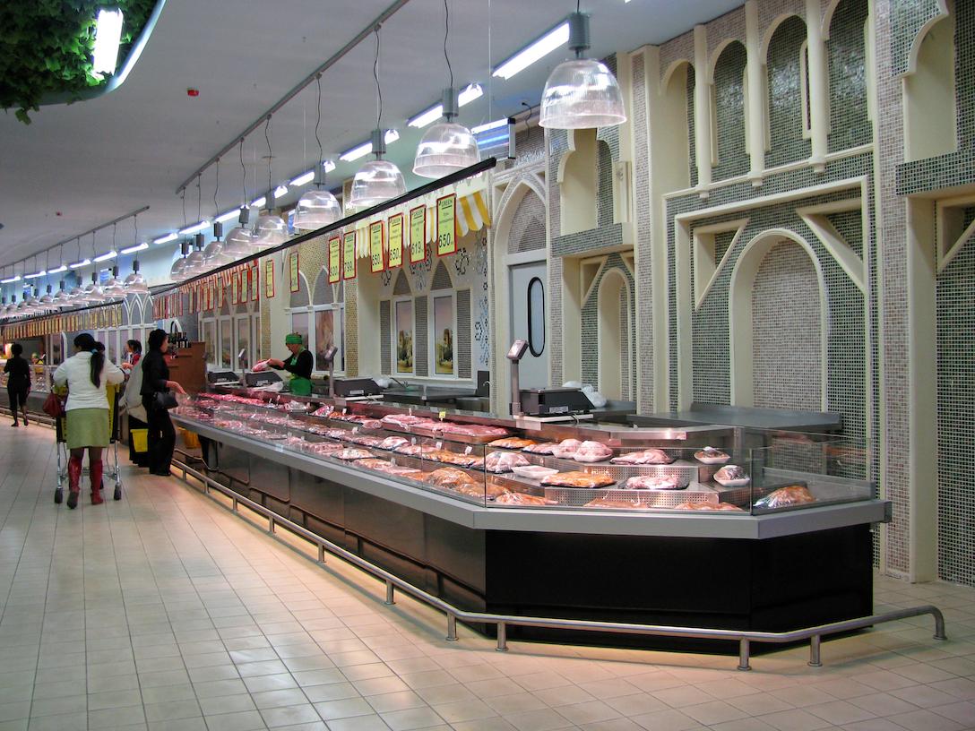 Оборудование компании «Айсберг» в супермаркете в Казахстане