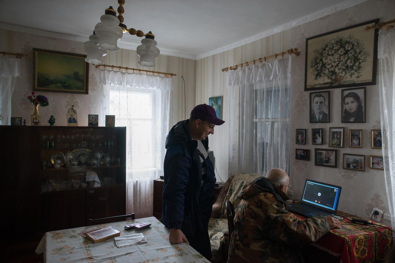 Вторая заявка – от 80-летнего дедушки Леонида