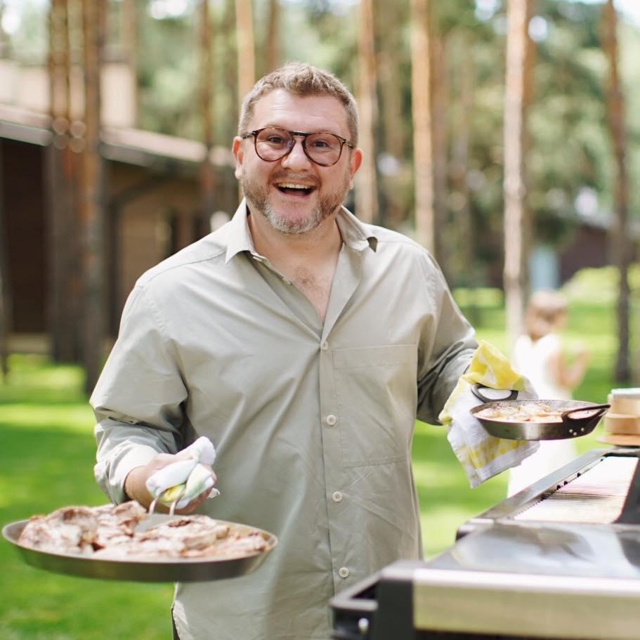 Дмитрий Борисов, Gastrofamily