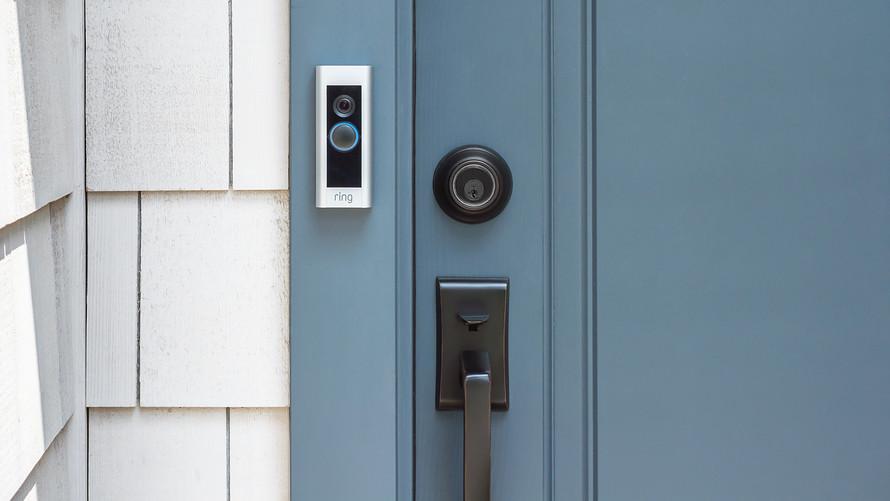 Мы продаем страх: как дверной звонок превратился в систему, которая следит за всей Америкой. История Ring