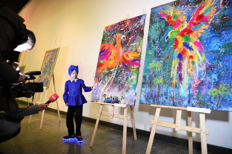 Ира Химич на выставке