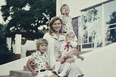 Как воспитать второго Илона Маска: советы от его матери Мэй